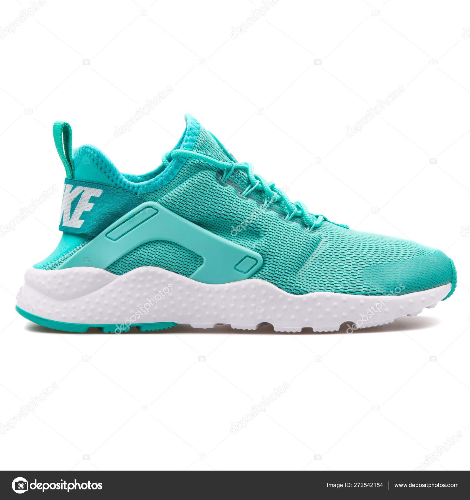 Nike Air Huarache Run Ultra turquoise