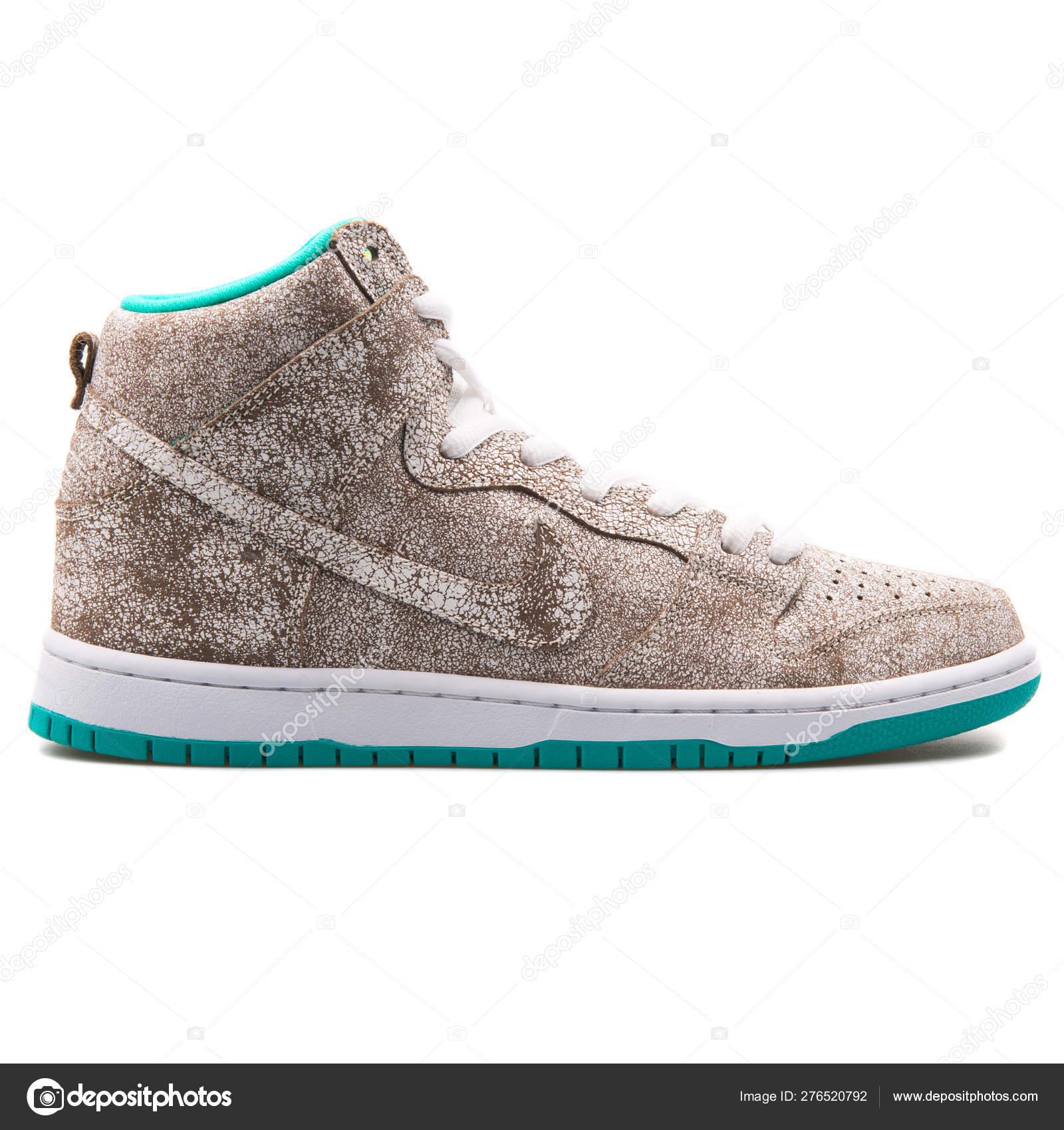 wykwintny styl sklep internetowy strona internetowa ze zniżką Nike Dunk High Premium SB white, brown and green sneaker ...