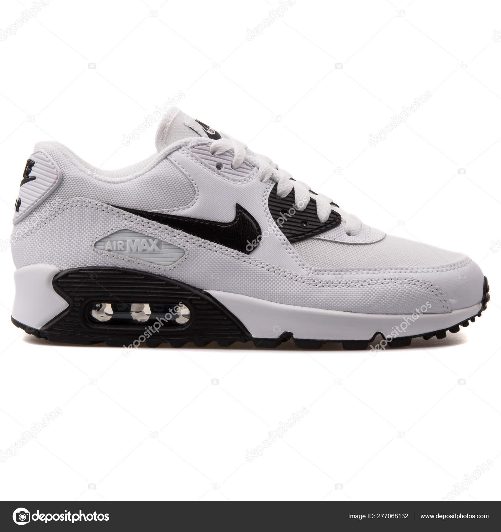 ZAPATOS ES MODA | Zapatos Nike Air Max 90 Essential Negras