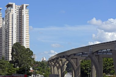 Elevated line of the Sao Paulo Metro monorail under construction