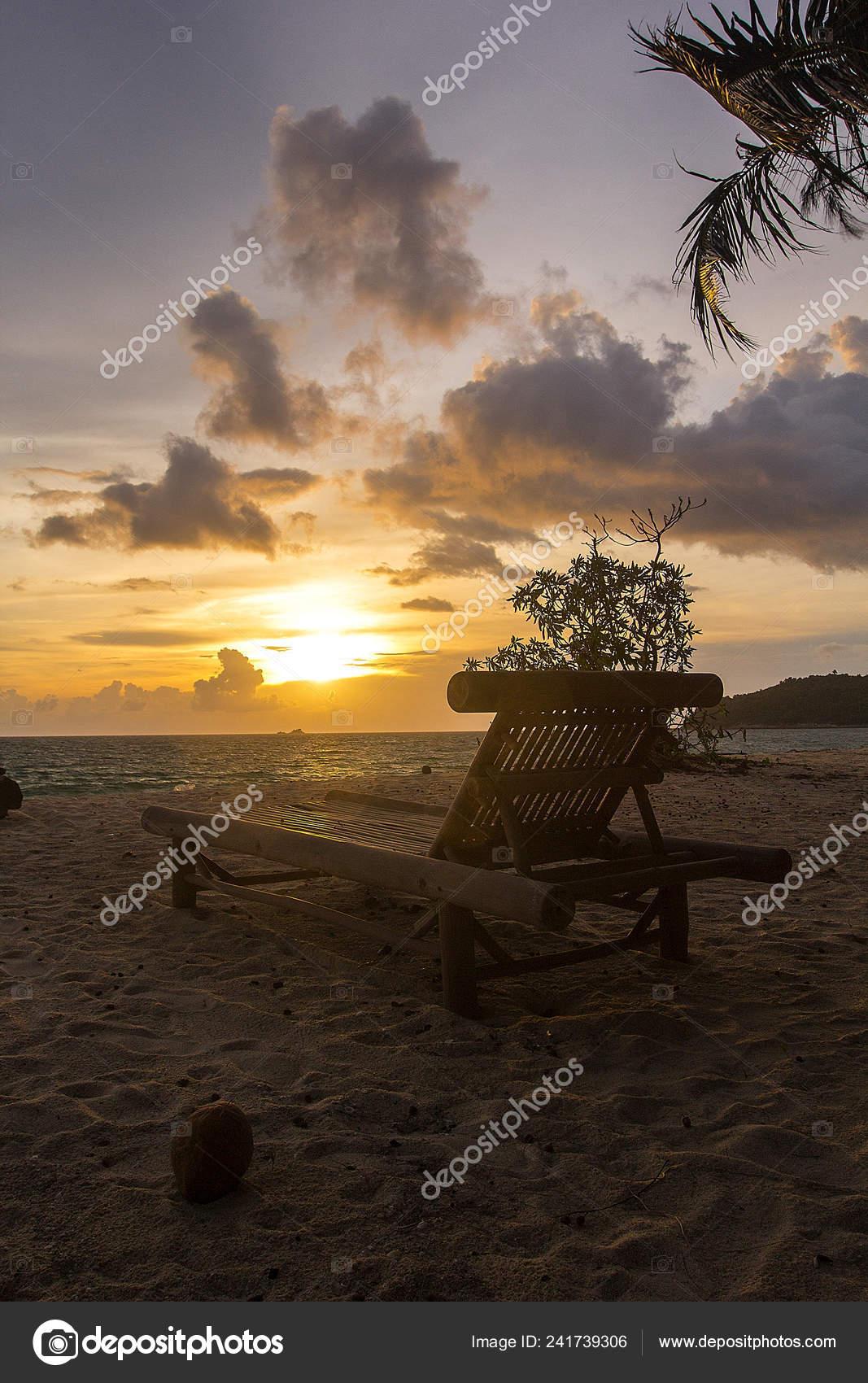 Plage Coucher Bois Sur Soleil — Pendant Photographie Chaise Longue fyYbgv76