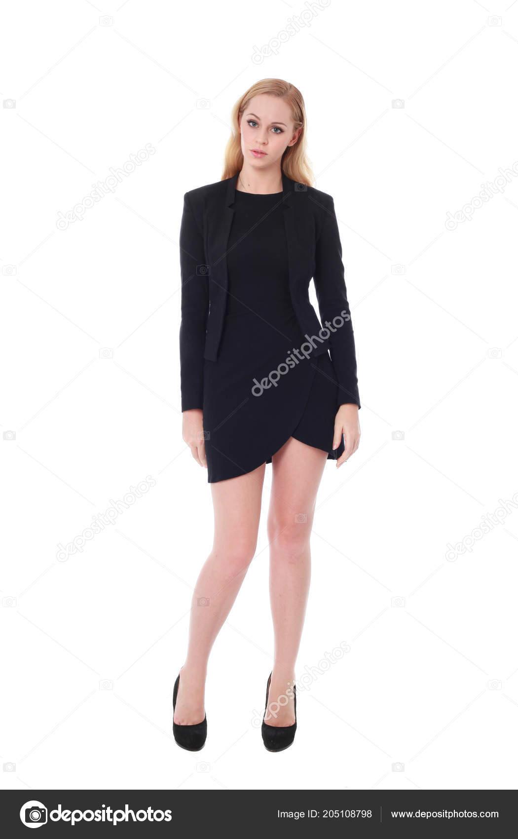 cdf62a618d2 In voller Länge Portrait einer attraktiven beruflichen Frau trug Schwarzes  Kleid. isoliert auf weißem Hintergrund — Foto von ...