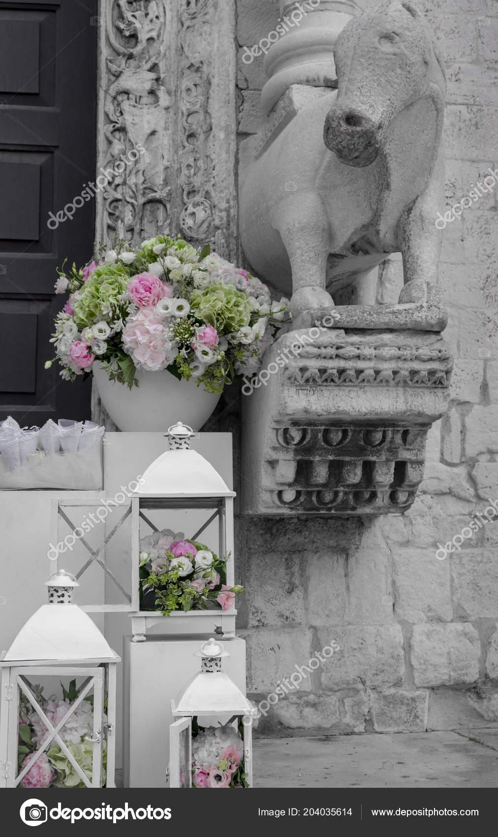 Black And White Flower Arrangements For Weddings Wedding