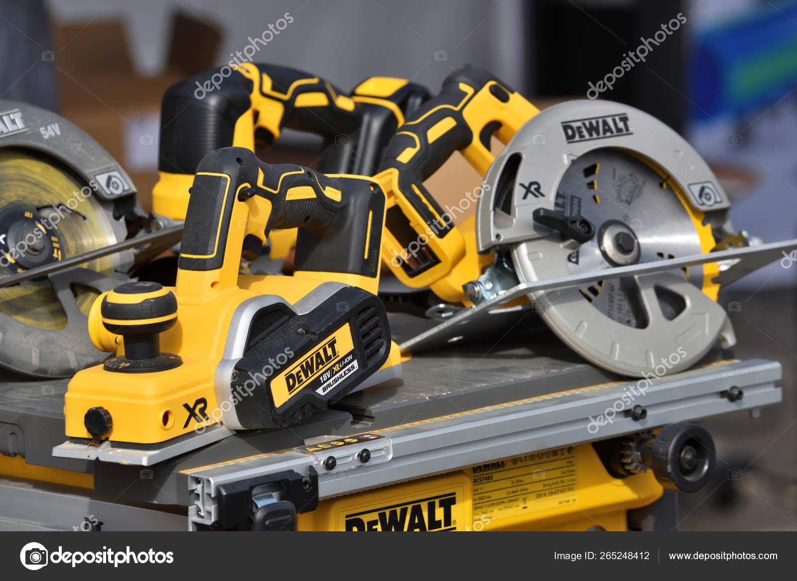 DeWalt power tools – Stock Editorial Photo © _fla #265248412