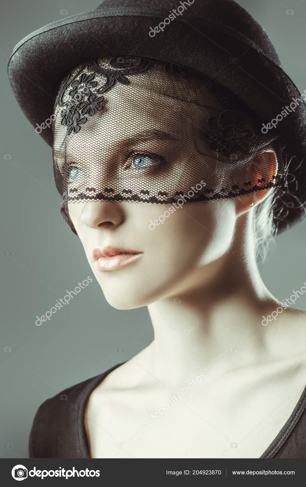 Fashion Shot Stunning Young Woman Hat Veil Headwear Style — Stock Photo 487f00addc1