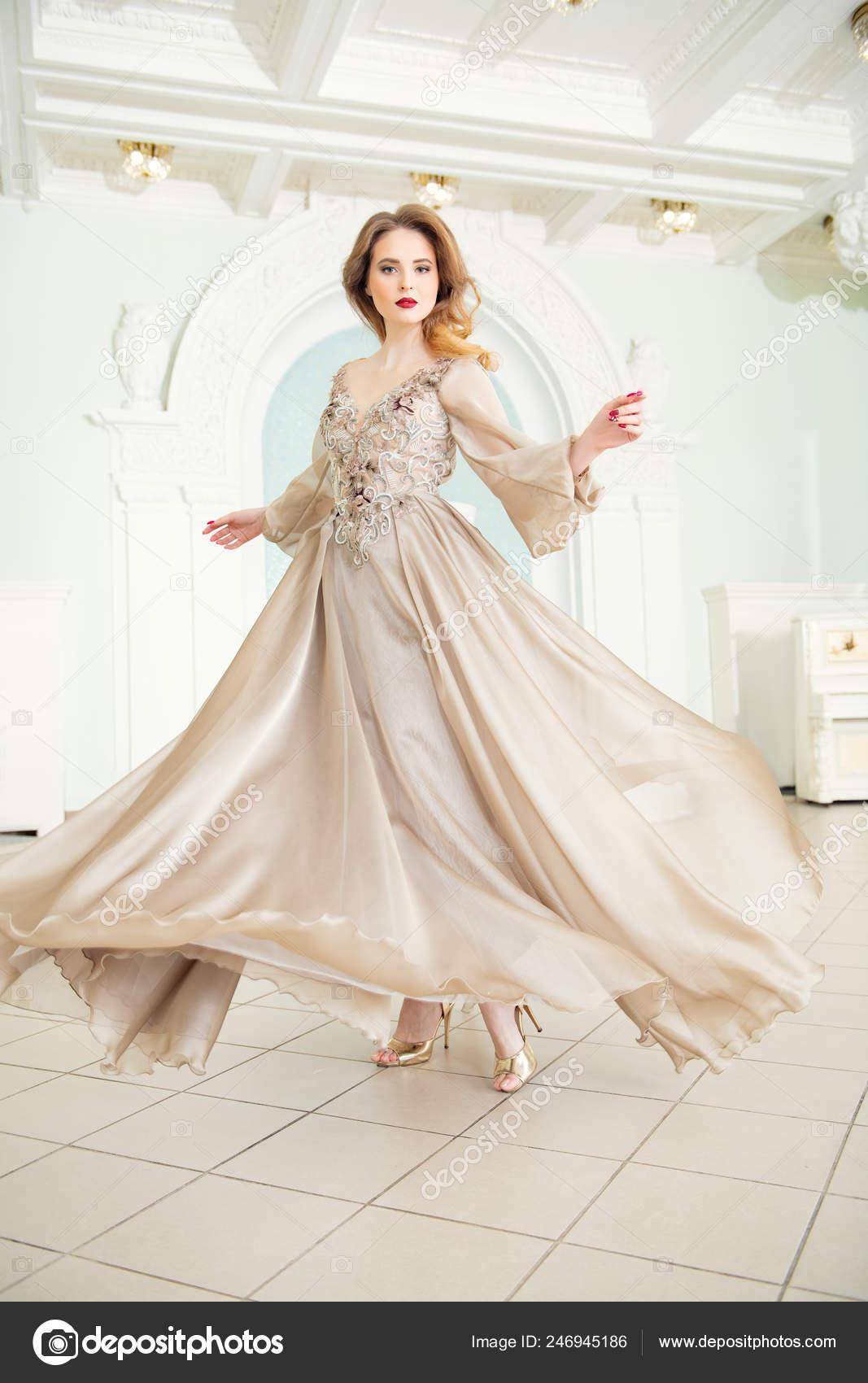 Retrato Una Hermosa Mujer Elegante Vestido Novia