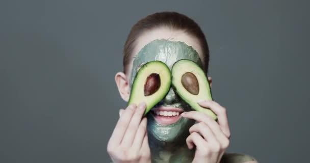 avokádó arcmaszk