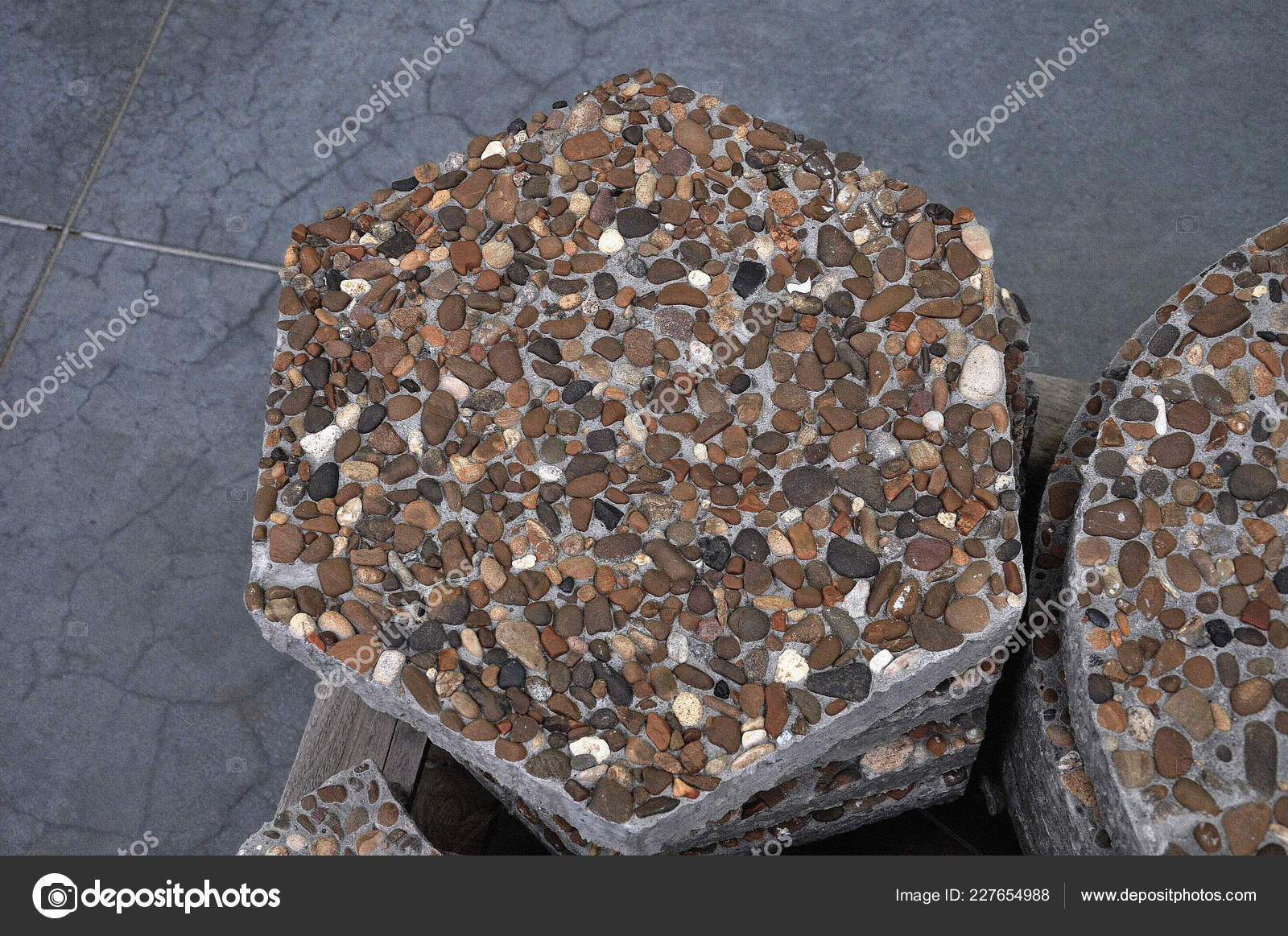 Piastrelle pavimento sfondo pietre mare malta cemento