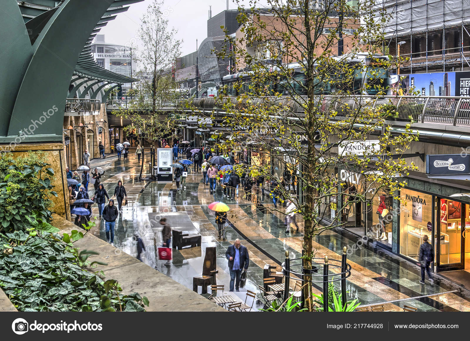 Rotterdam Netherlands September 2018 Shoppers Walking