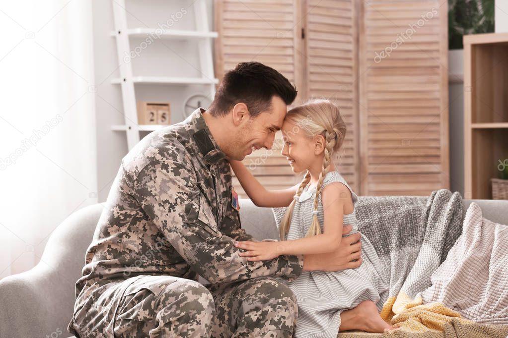 dating Amerikaanse militaire uniformen online dating playing games