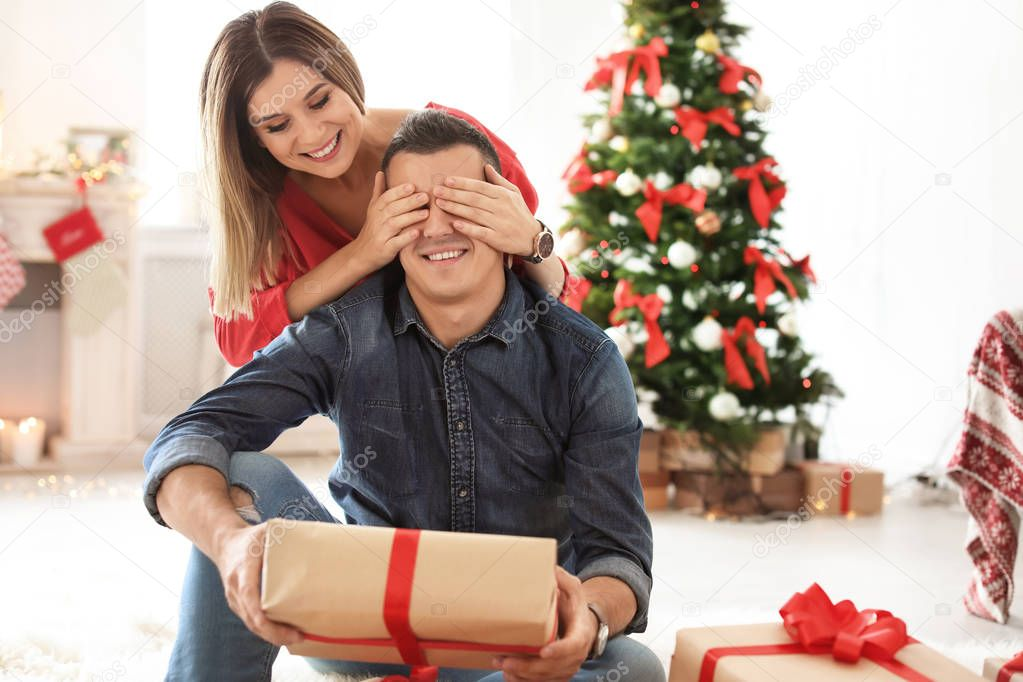teen-christmas-boyfriend-video