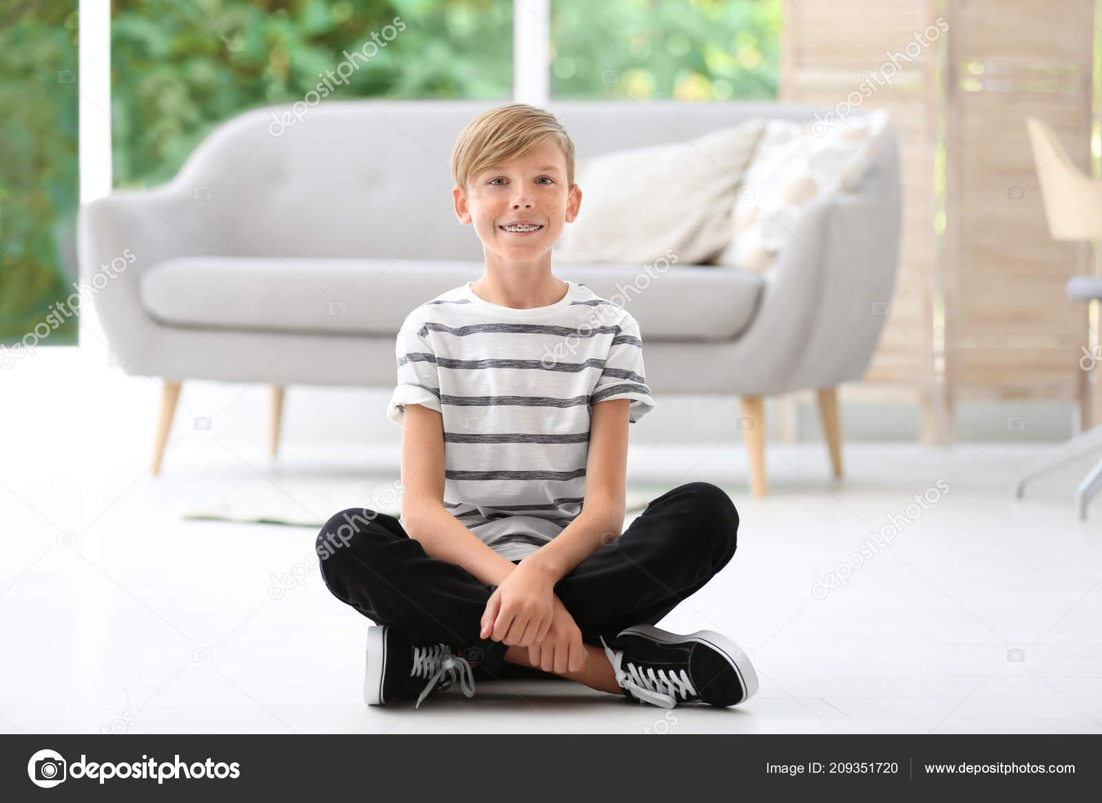 Сниму молодого мальчика, Зрелые женщины хотят секса с молодыми парнями 20 фотография