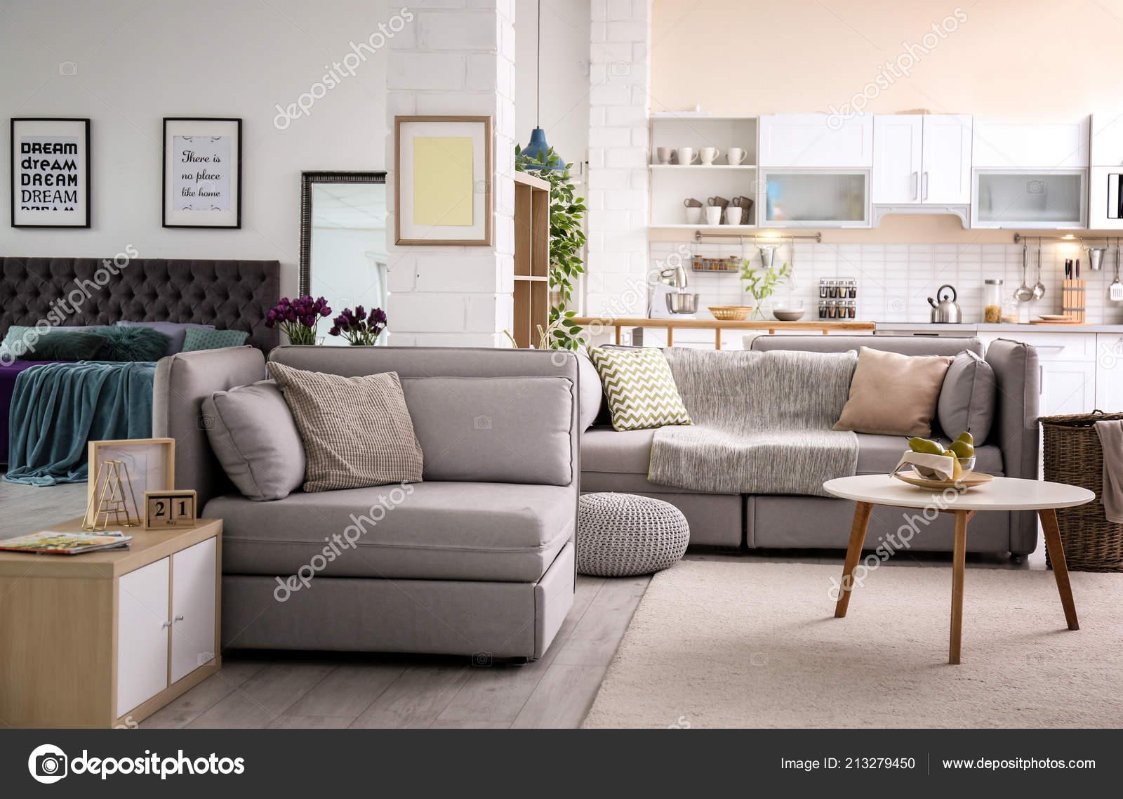 Stilvolles Apartment Interieur Mit Modernen Küche Idee Für ...