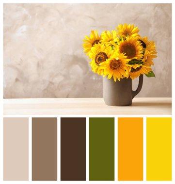 """Картина, постер, плакат, фотообои """"Красивые желтые подсолнухов в кувшин с пространства для текста бежевом фоне. Естественный цвет палитры для интерьера или моды дизайна и искусства"""", артикул 215716436"""
