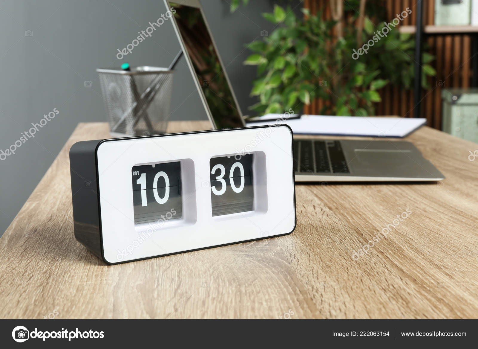 Stylish Flip Clock Table Office Space Text Time Management U2014 Stock Photo