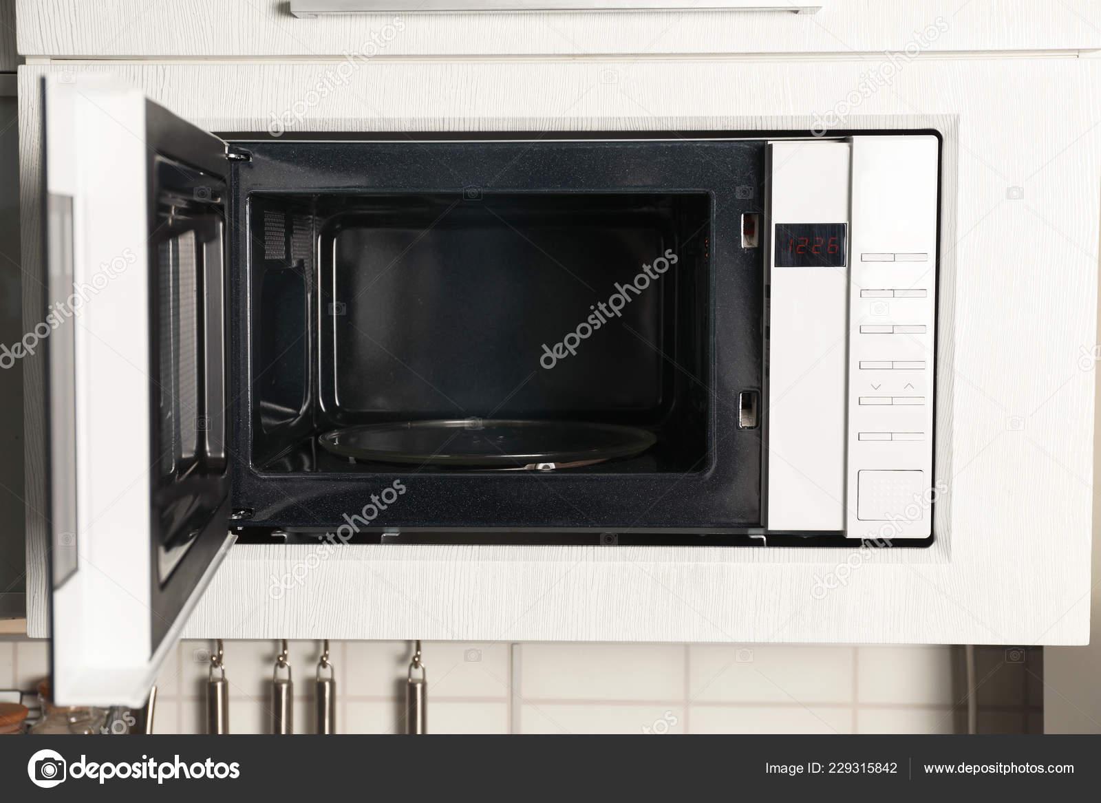 Moderno Microondas Horno Construido Muebles Cocina — Foto de ...