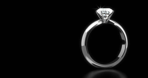 Solitare Ring auf schwarzem Hintergrund (nahtlos)