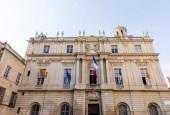 Fotografie Arles town hall