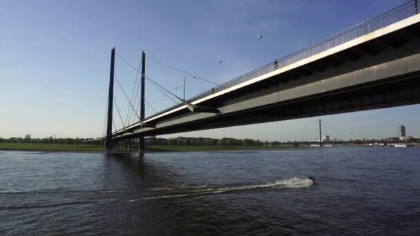 Rheinbrücke, Düsseldorf, Deutschland