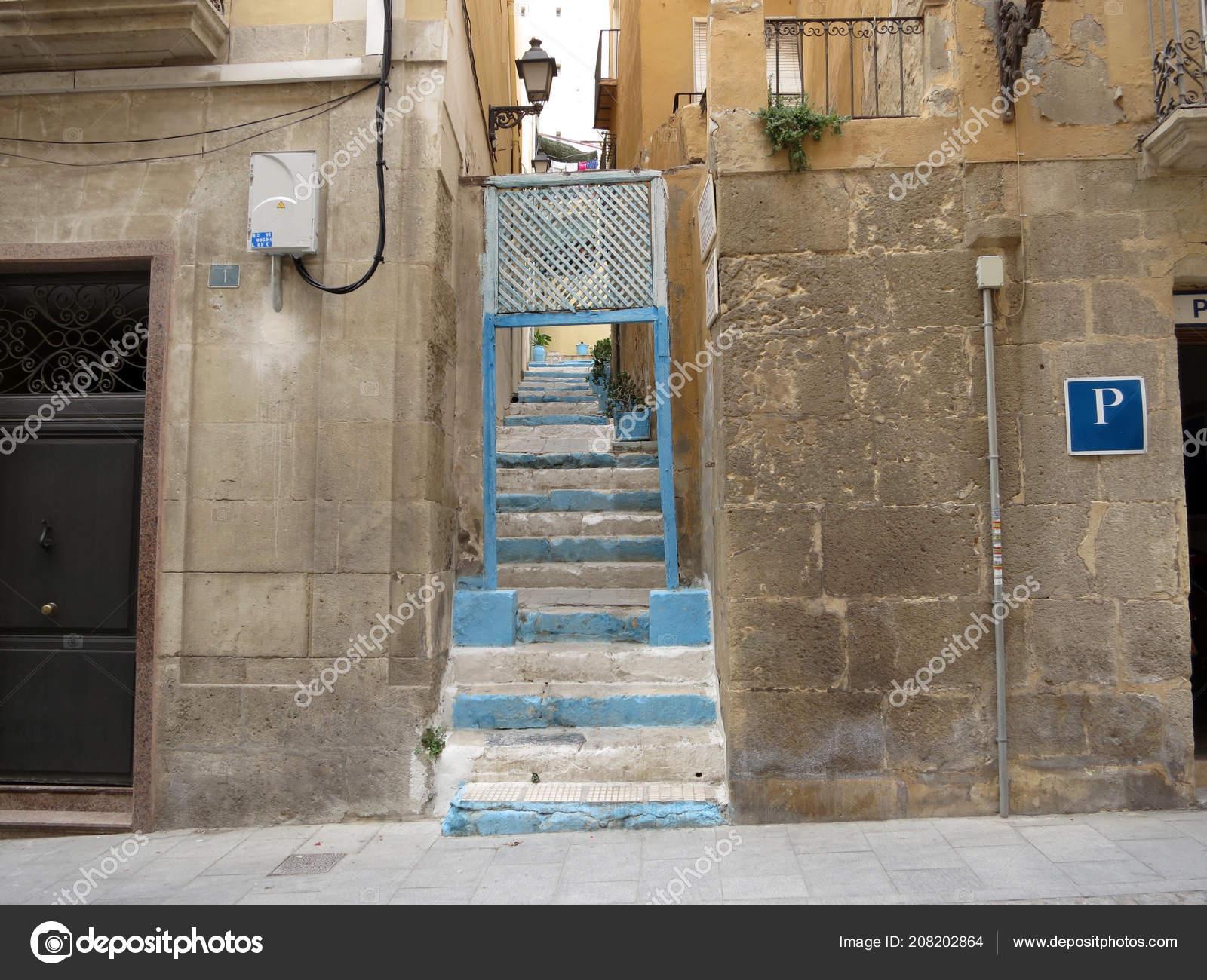 Street View Blue Painted Stairs Alicante Stockfoto C Hermelijn