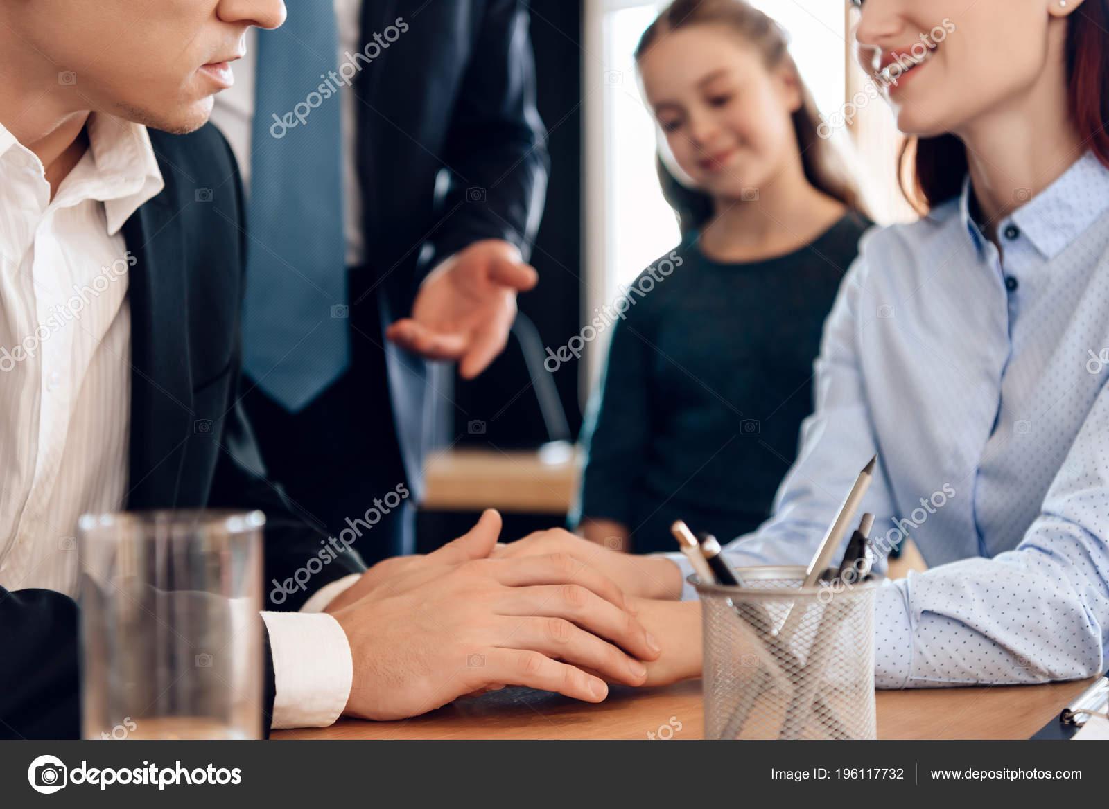 Family Office Lawyer Deciding Main Guardian Little Girl — Stock