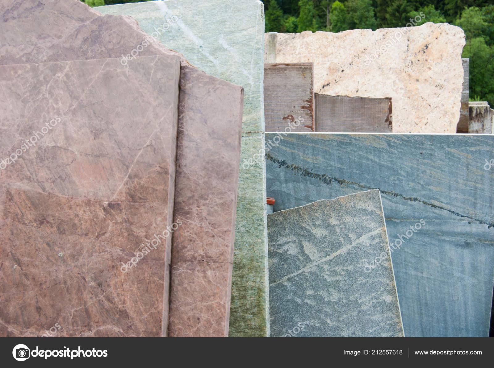 Raw Overlapping Carrara Marble Slabs — Stock Photo