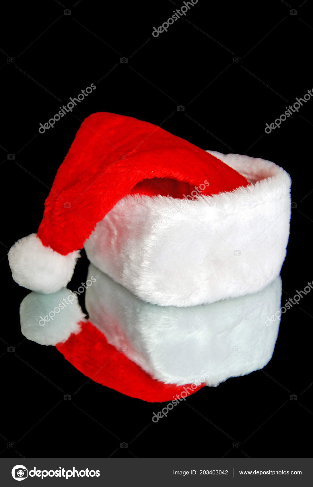 863004e9a6705 Red White Santa Hat Black Mirror Reflection — Stock Photo © jentara ...