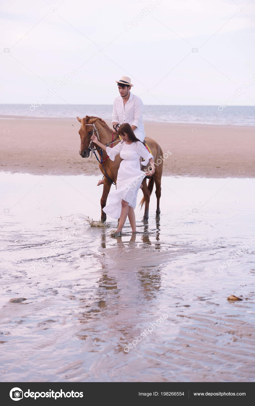 Romantic Couple Horse Riding Beach Afternoon Sweet Holiday Stock Photo C Tharathiponsri Gmail Com 198266554