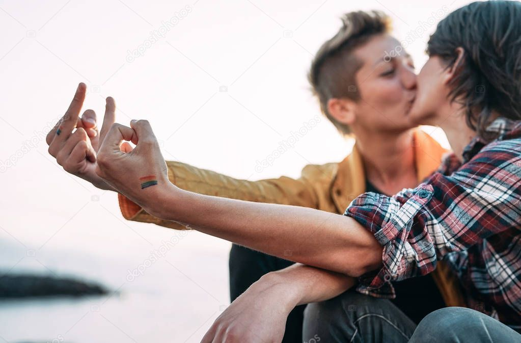 Lesbisk dating online oss