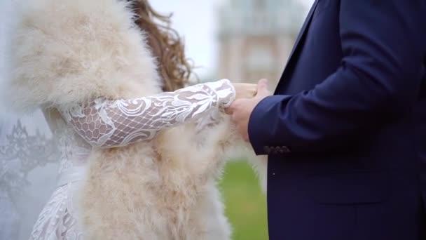 Coppie su un giorno di nozze