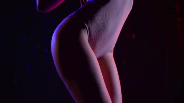 Видеоролик про эротический, эротичные молодые девушки
