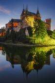 Bojnice, Slovensko - 24. července 2018: Romantický středověký hrad s původními gotickými a renesančními prvky postavený ve 12. století