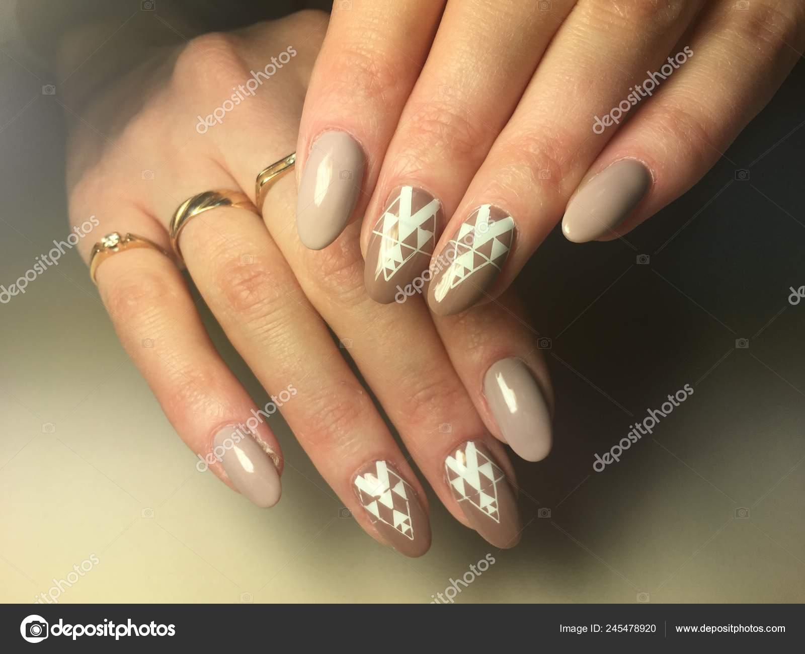 Fashionable Beige Manicure Bright White Design Long Nails