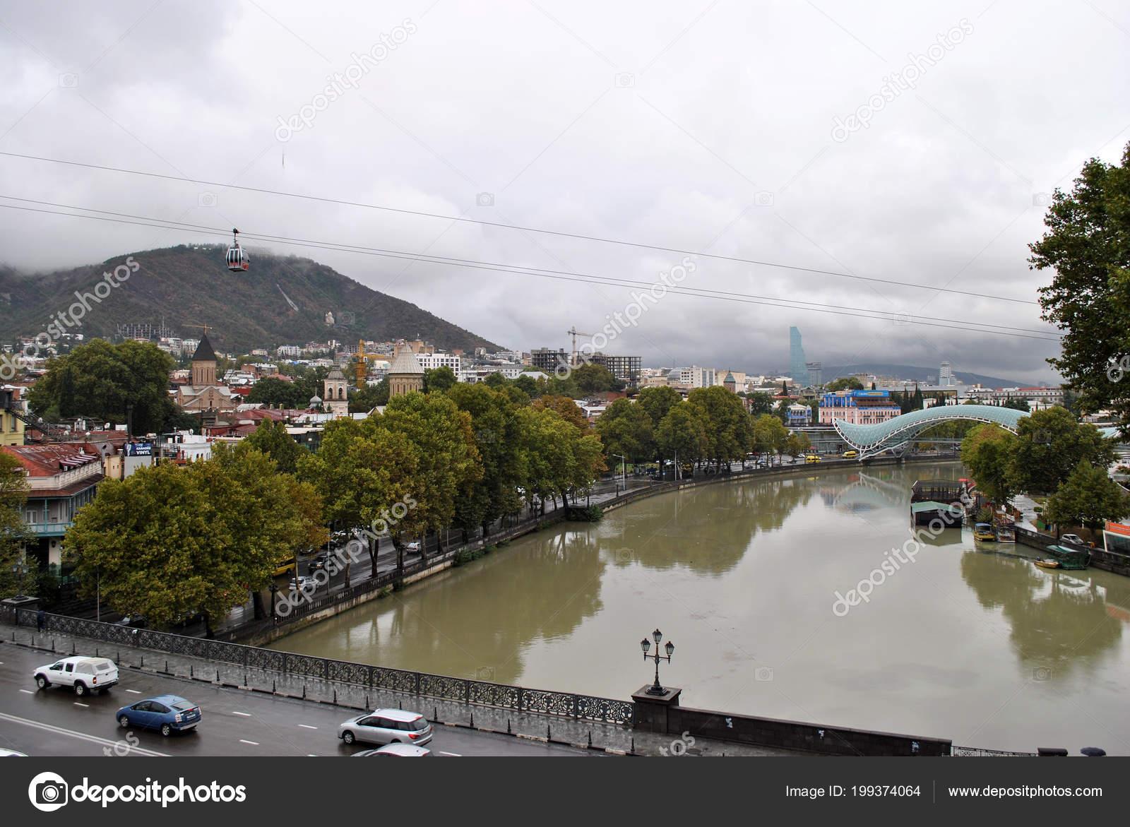 Modern Architecture In Tbilisi And River Kura U2014 Foto De Dimkamystery