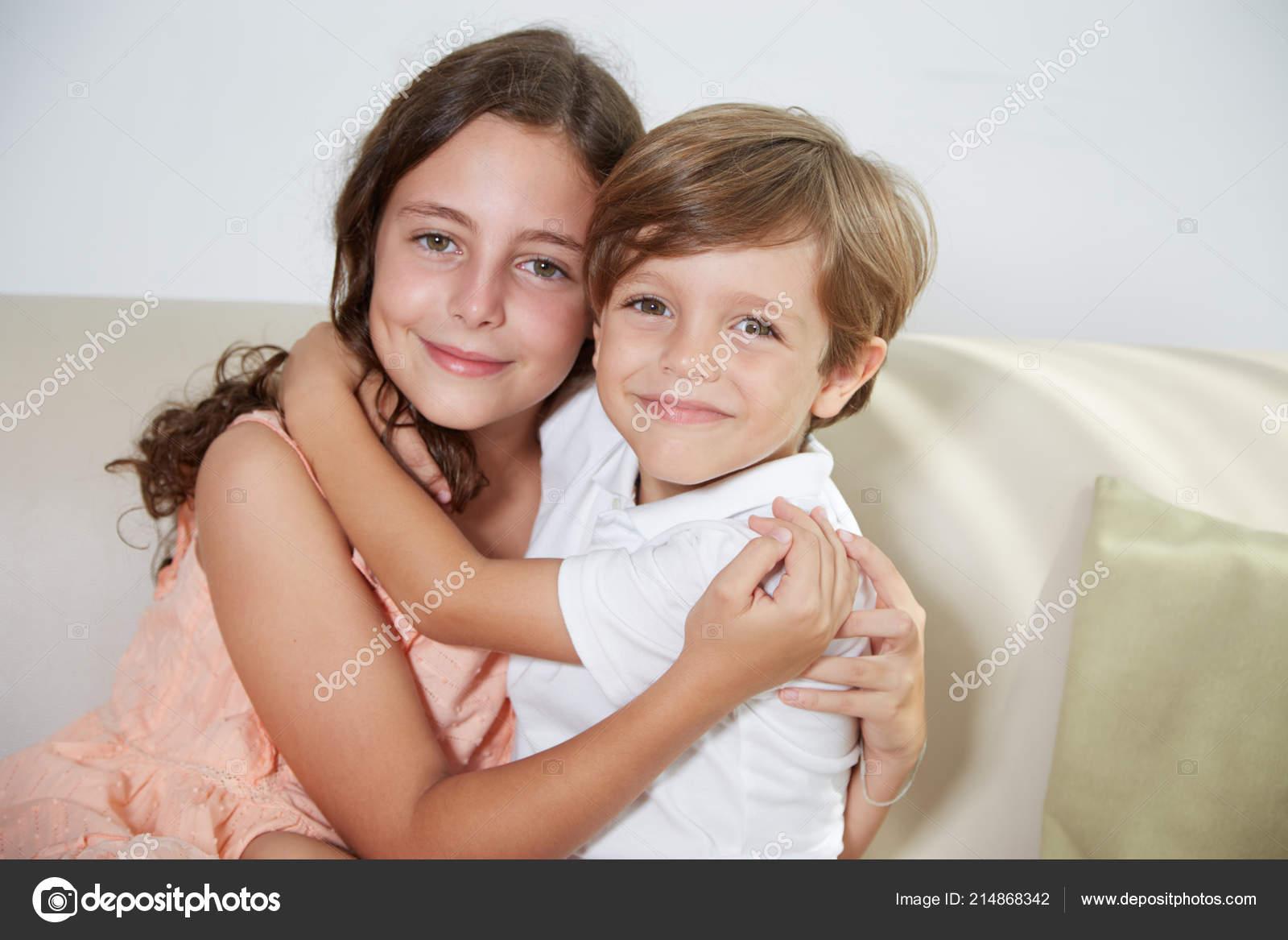 Секс истории брат и двоюродная сестра, Эротические рассказы Моя двоюродная сестренка 15 фотография