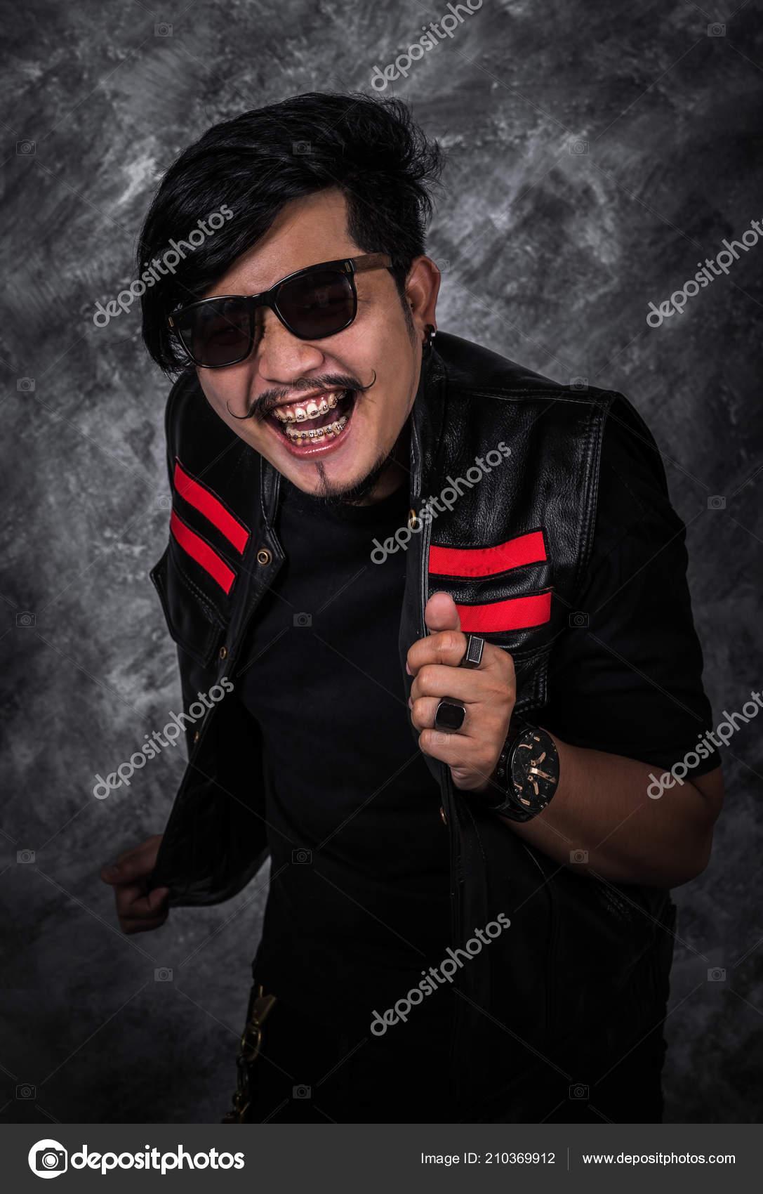 Chaqueta Hombre — Alegre Fotos Motero Stock De Negro Cuero fHwfq1rx