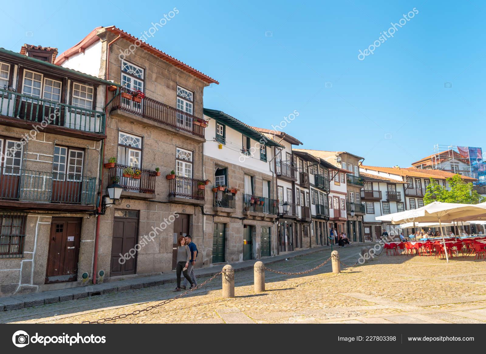 Guimarães Portugal Cerca Abril 2018 Plaza Oliveira Centro Histórico ... a7234d7255414