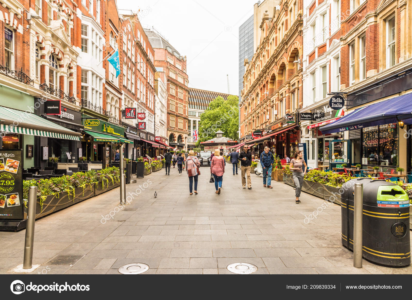 A typical view in central London uk – Stock Editorial Photo