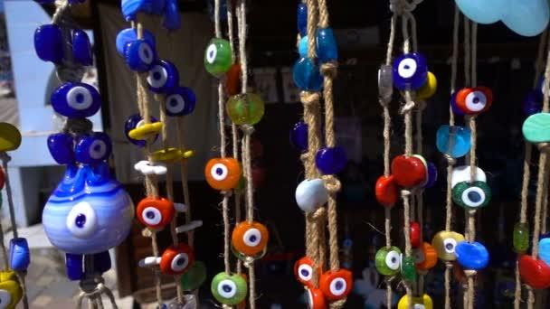 Amuleto di perle di malocchio colorato