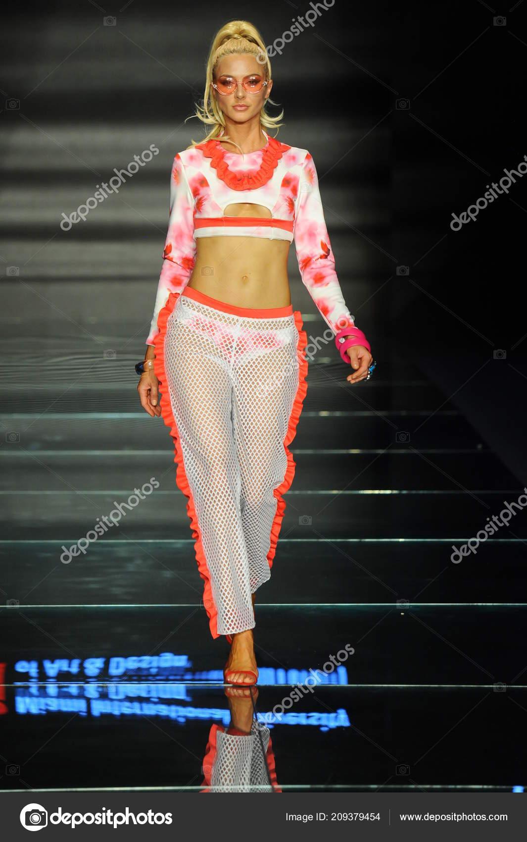 Miami Beach July Model Wears Fashions Design Students Miami International Stock Editorial Photo C Fashionstock 209379454