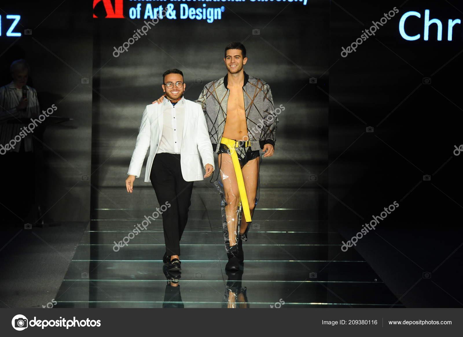 Miami Beach July Christian Cruz Model Walk Runway Fashion Show Stock Editorial Photo C Fashionstock 209380116