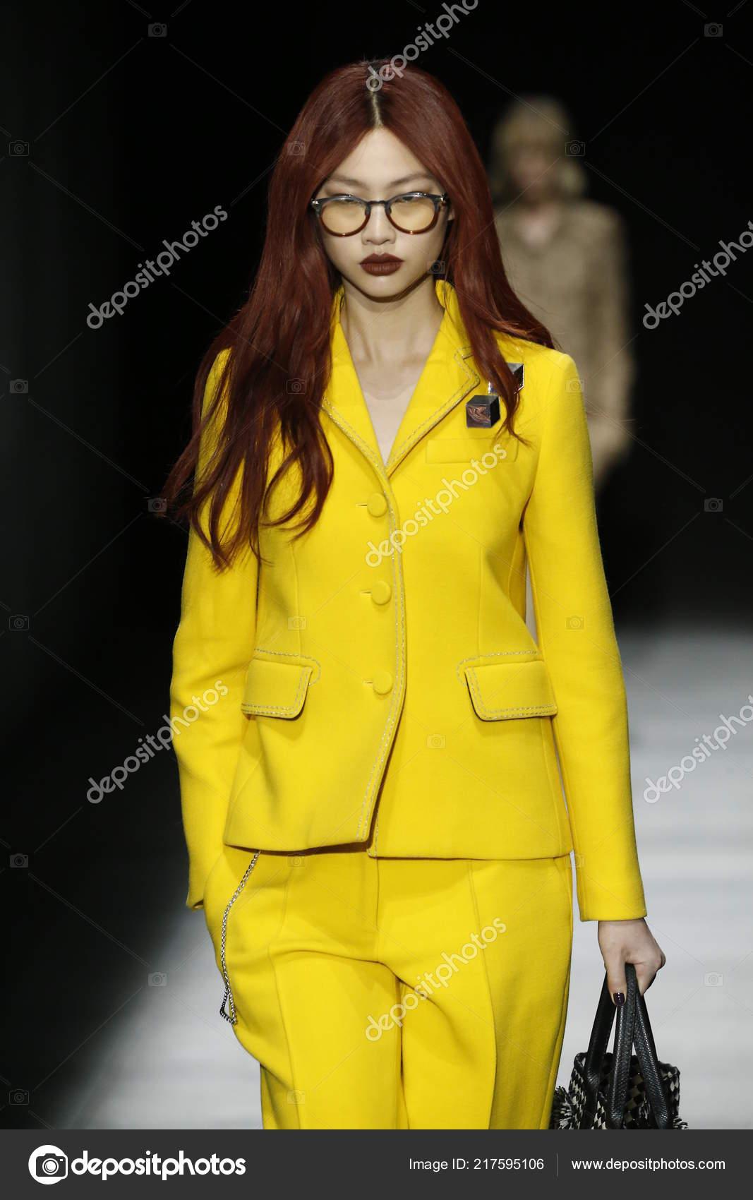 New York February Model Walks Runway Bottega Veneta Fall