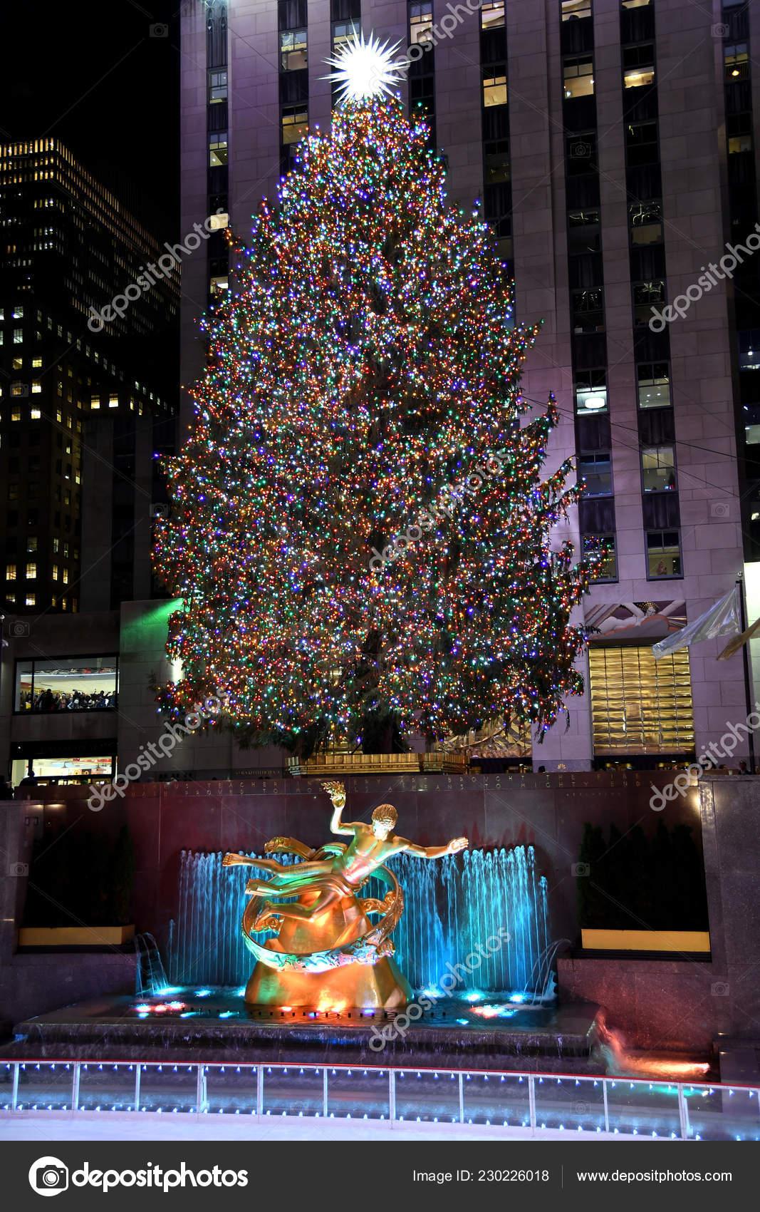 Wo Steht In New York Der Weihnachtsbaum.New York Dezember 2018 Die Berühmten Rockefeller Center