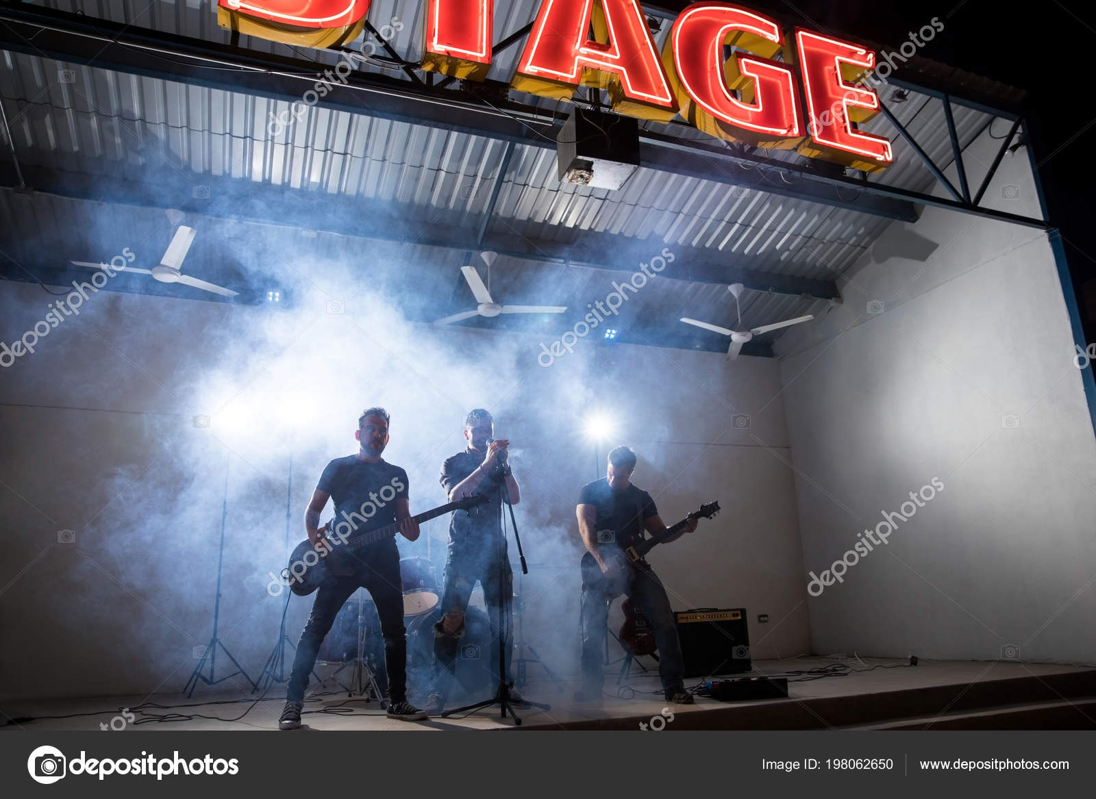 Rock Roll Band Members Performing Live Stage Music Festival — Stock