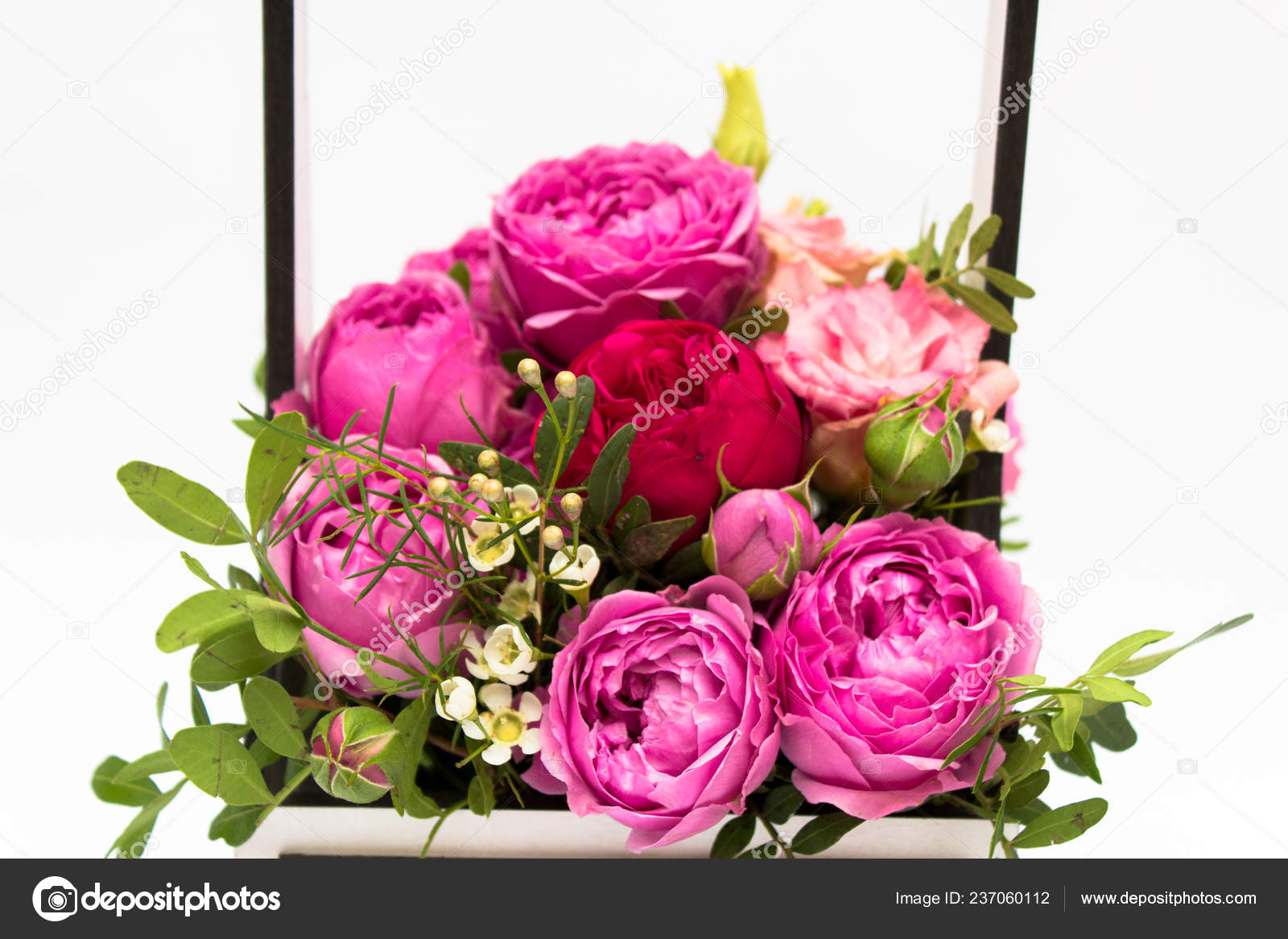 Bouquet Flowers Gift Box Box Booker Roses Mother Day Roses Stock Photo C Mtaratun Gmail Com 237060112