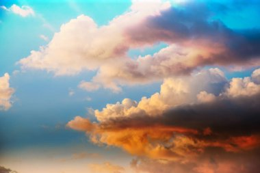 beautiful sunset sky with dramatic clouds