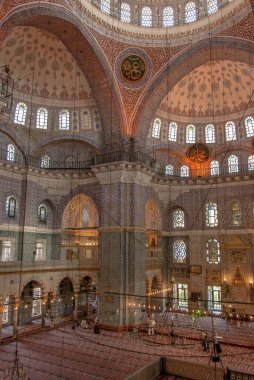 Istanbul, Turkey, 25 April 2006: The Yeni Mosque is an Ottoman m