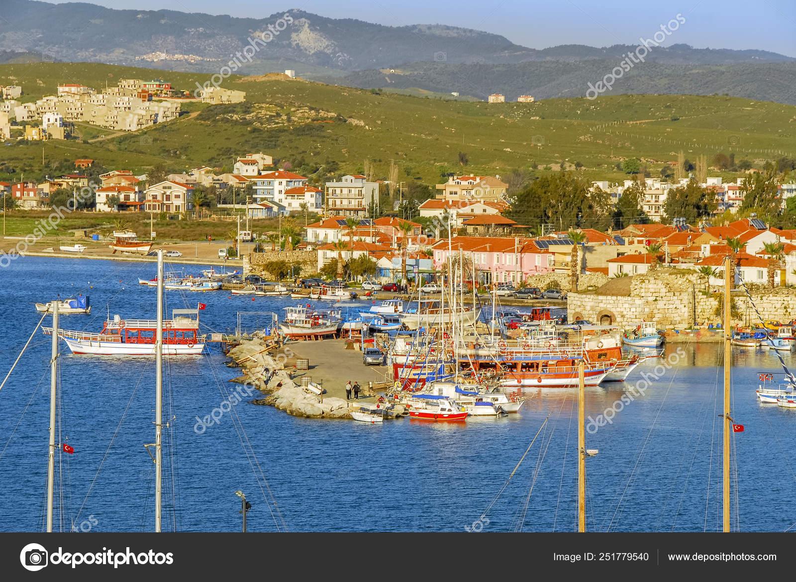 Izmir Turkey 3 April 2010 Cost Of Sigacik With Sailboats Stock Editorial Photo C Kbfotolar Gmail Com 251779540