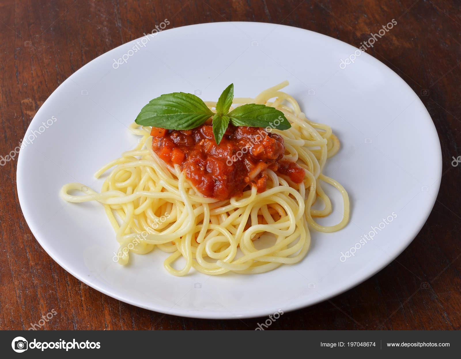 Spaghetti Pasta Tomato Beef Sauce Stock Photo C Anatchant