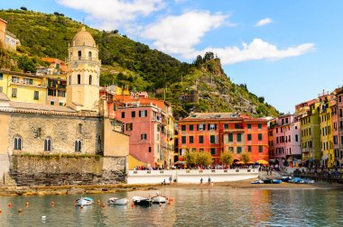 VERNAZZA, ITALY - MAY 5, 2016: Beautiful riviera of Vernazza (Vulnetia), a small town in province of La Spezia, Liguria, Italy. It's one of the lands of Cinque Terre, UNESCO World Heritage Sit